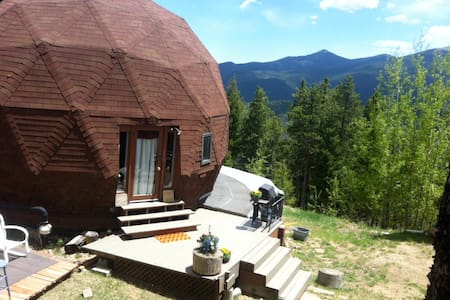 Unique Dome Retreat near Mt. Evans - Cabin