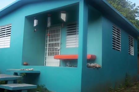Vieques Cottage  Casa Flor de Agua - Esperanza