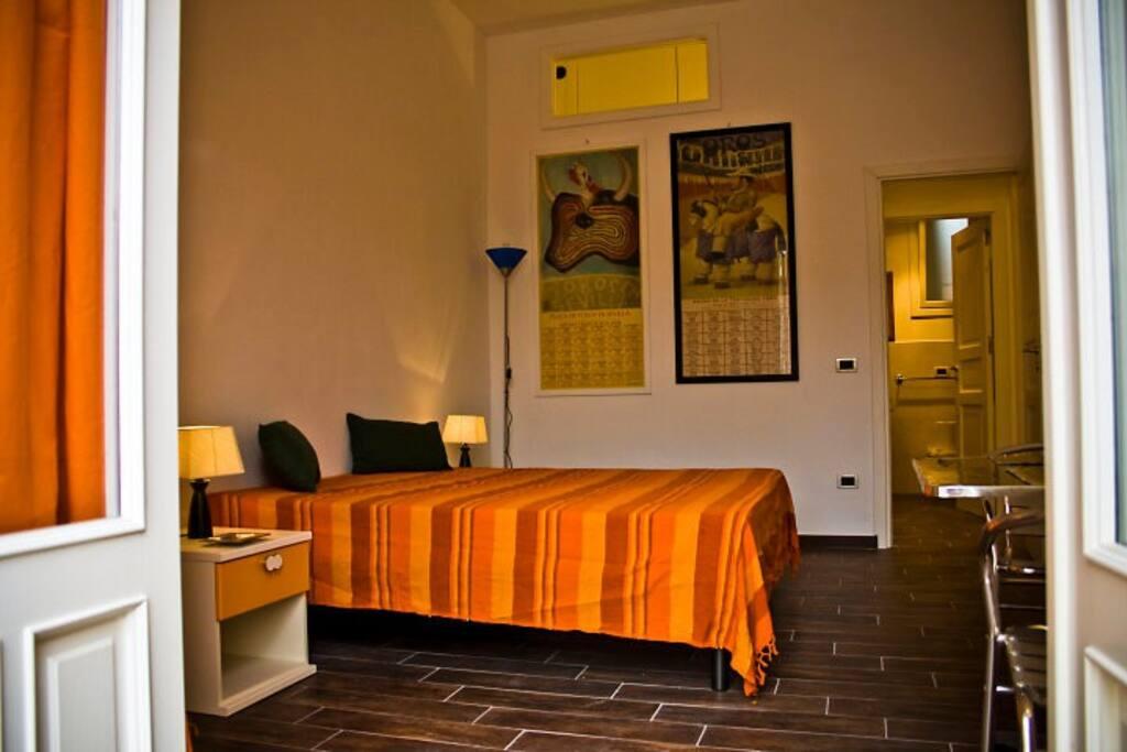 orange bedroom