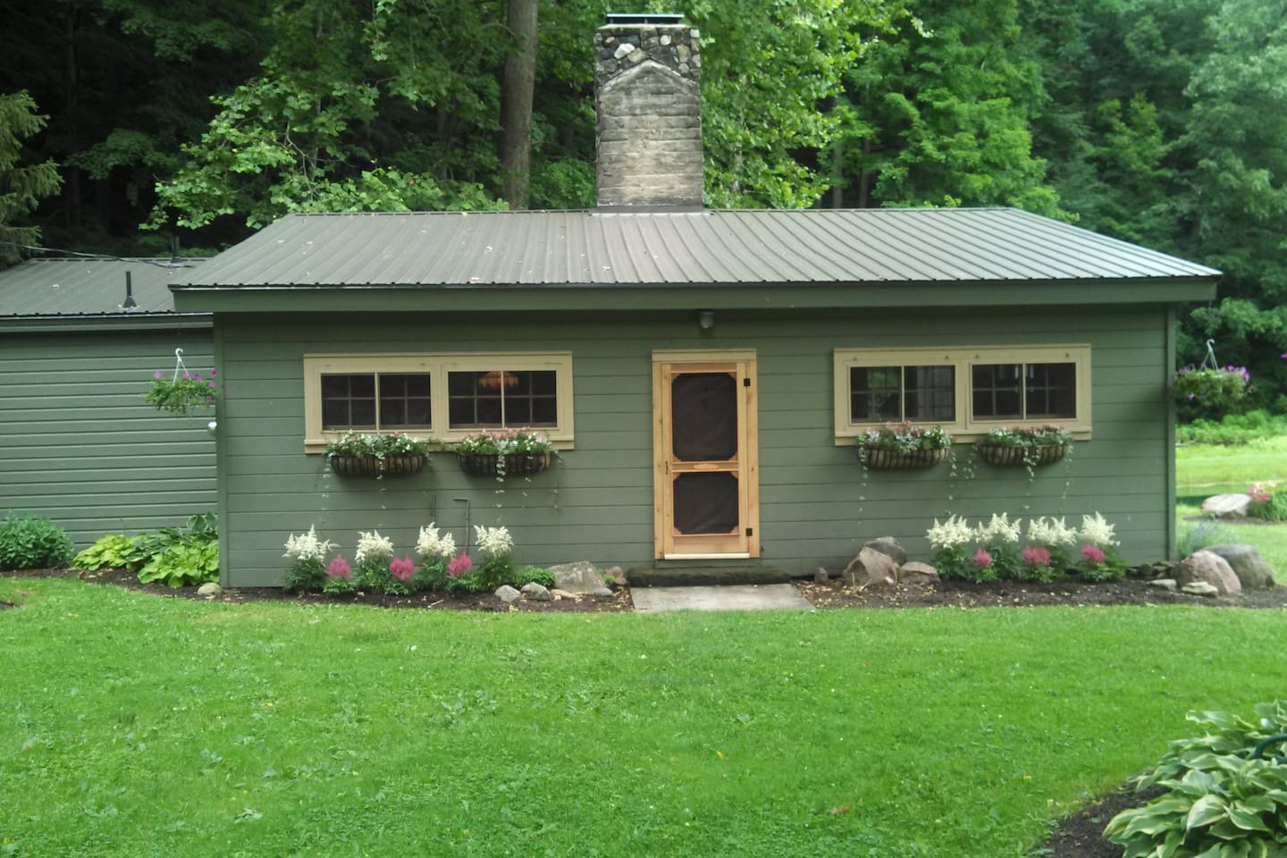 Cabin 60 Acres w/ Pond/Creek/Falls