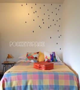Pocketspace - A Vintage Bedsit - Apartamento