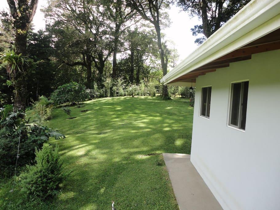 Casa Hoja Verde