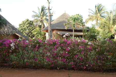 located villa in Saly , SENEGAL - Casa de camp