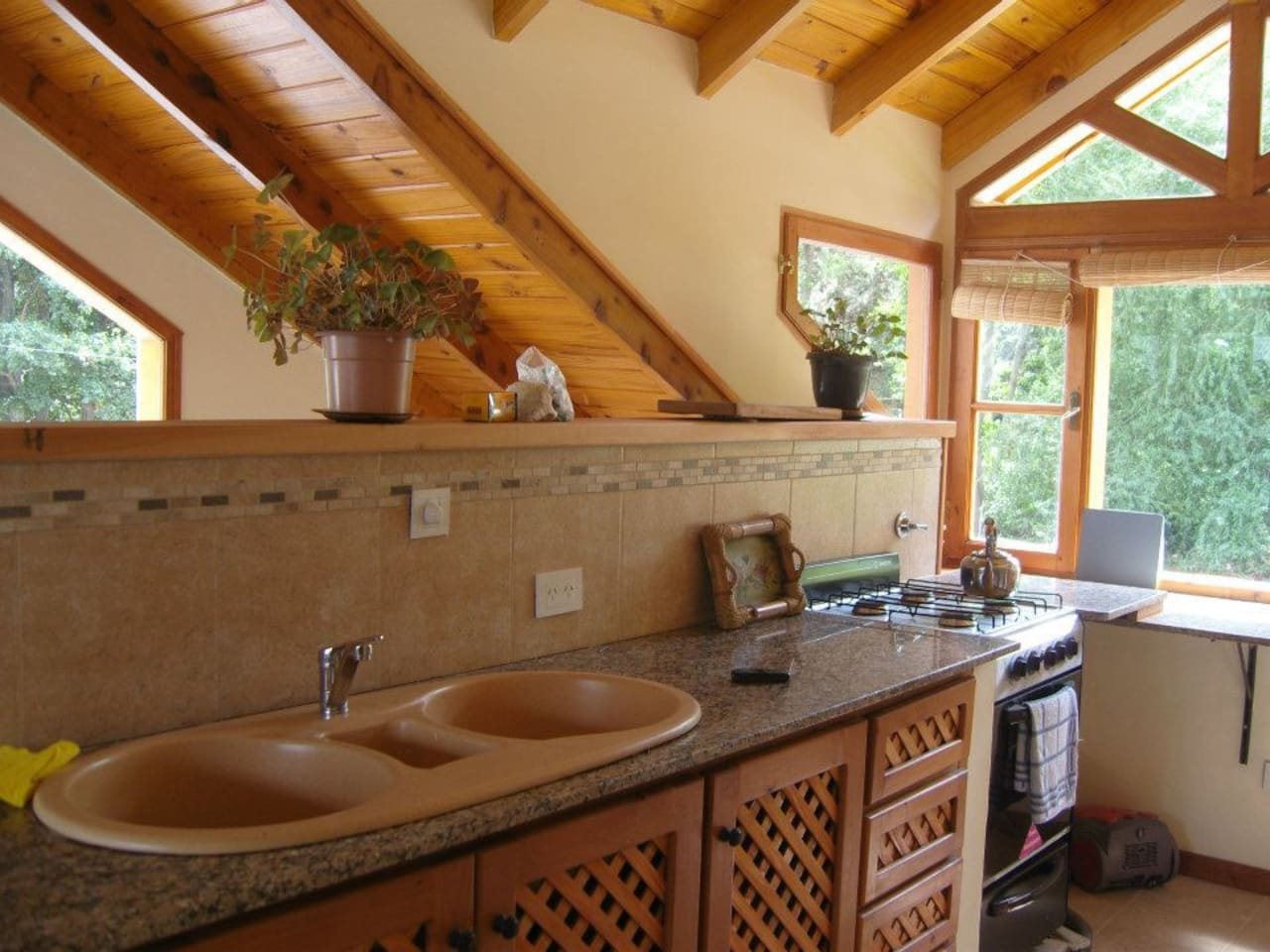 Kitchen, bright and spacious