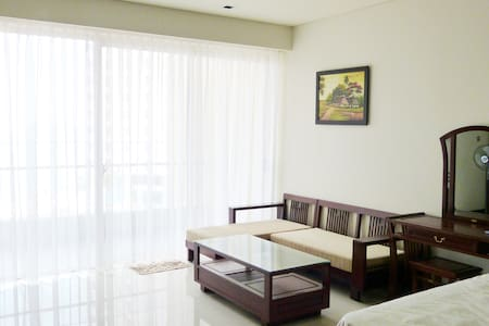 Sea view studio in 5*building The Costa  Nha Trang - Apartment