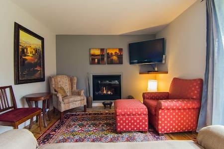 Safe Haven Cottage Resort Minden.  - Algonquin Highlands - Cabin