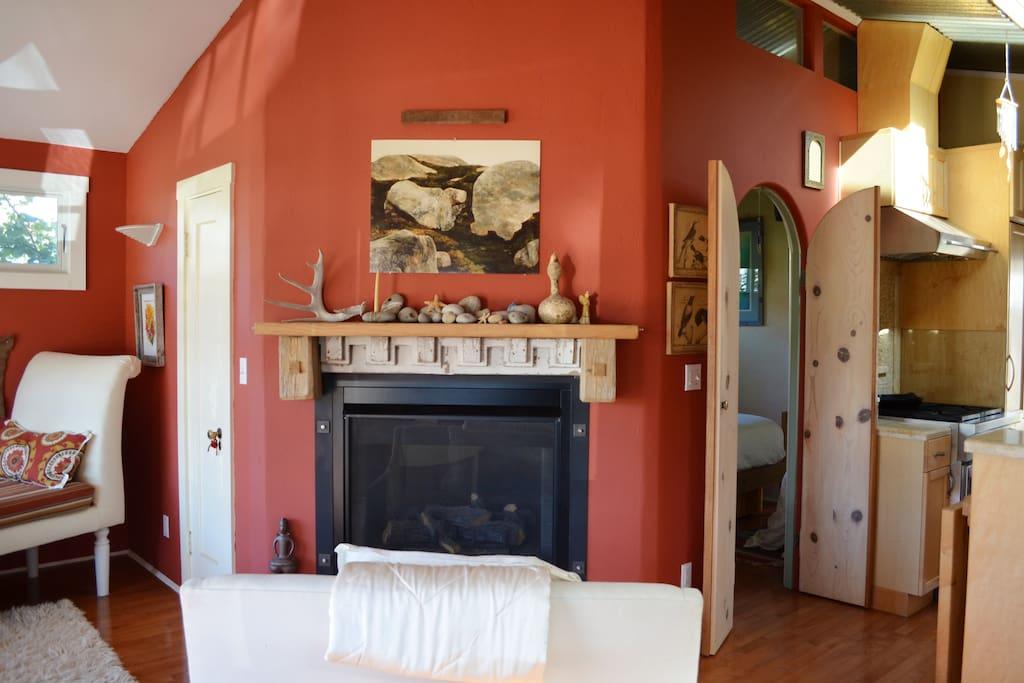 Fireplace livingroom side