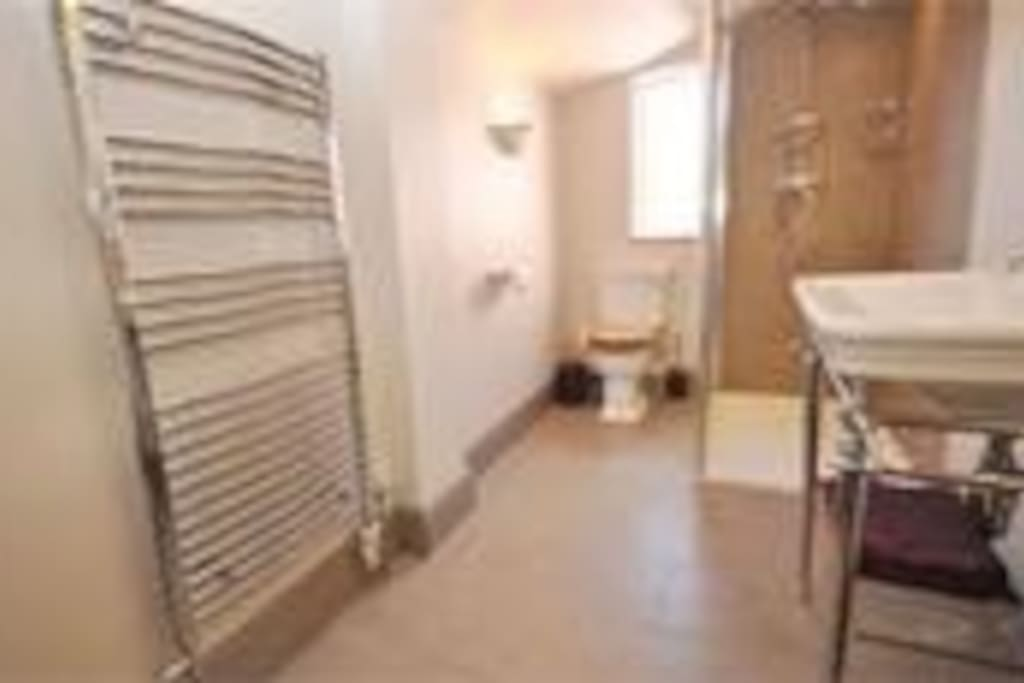 Beauty Rooms Available For Rent In Norwich