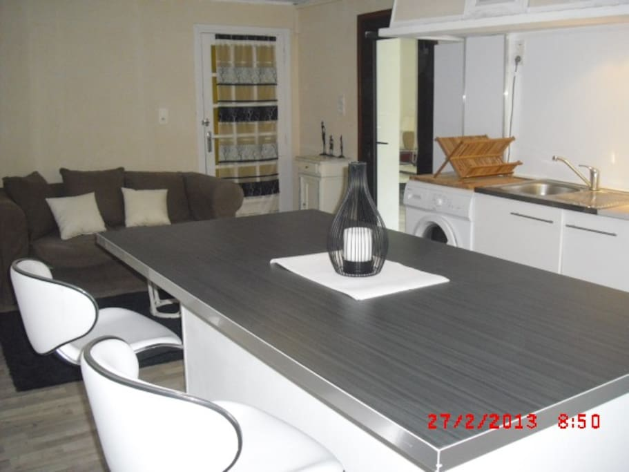 Appart with pool and wine cellar