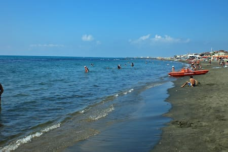 Ostia Beach Rome Holiday Apartment