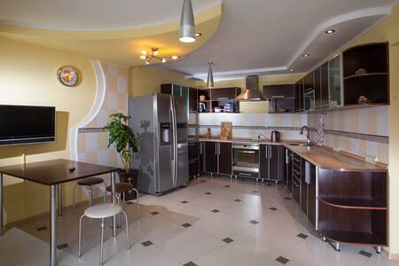 Прекрасная квартира на Стрелке - Lägenhet