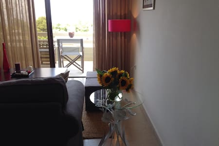 Cozy and cute apartment with sea view-38m - Rafina - Apartment