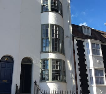 A NEW Double room with private shower, North Laine - Reihenhaus