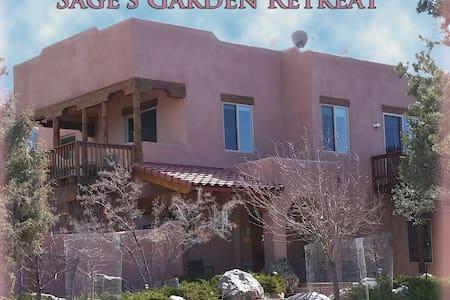 Sage's Garden Retreat - mtn. view - Crestone
