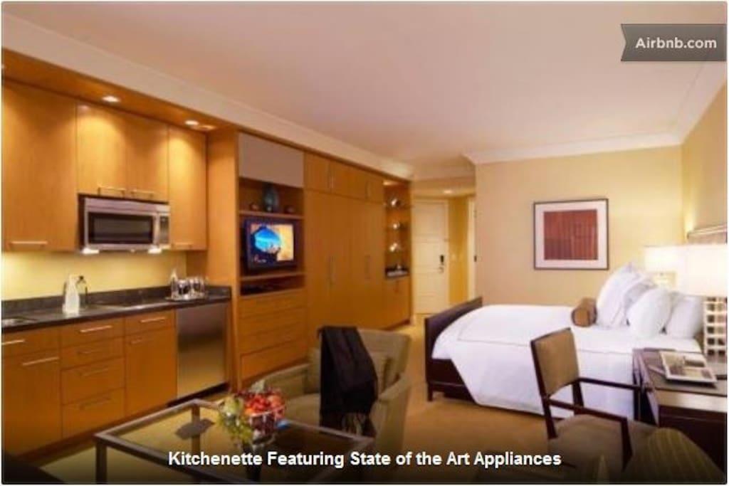 Trump tower 46floor king bed studio apartments for rent for Trump place apartments for rent