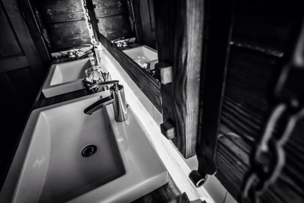 Grosses neues Badezimmer New bigger bathroom
