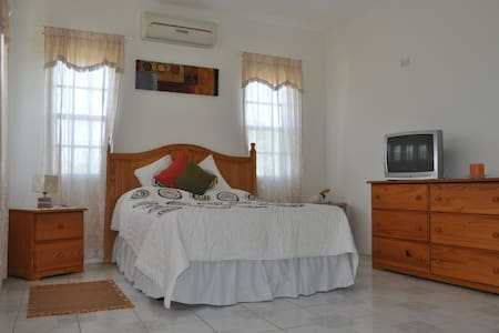 Your Home in Lovely Anguilla! - Apartmen