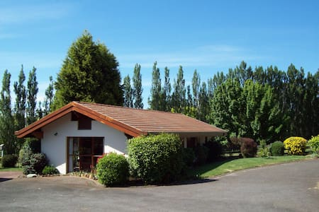 Seniors Retreat -Swiss Cottage - Grindelwald - Hus