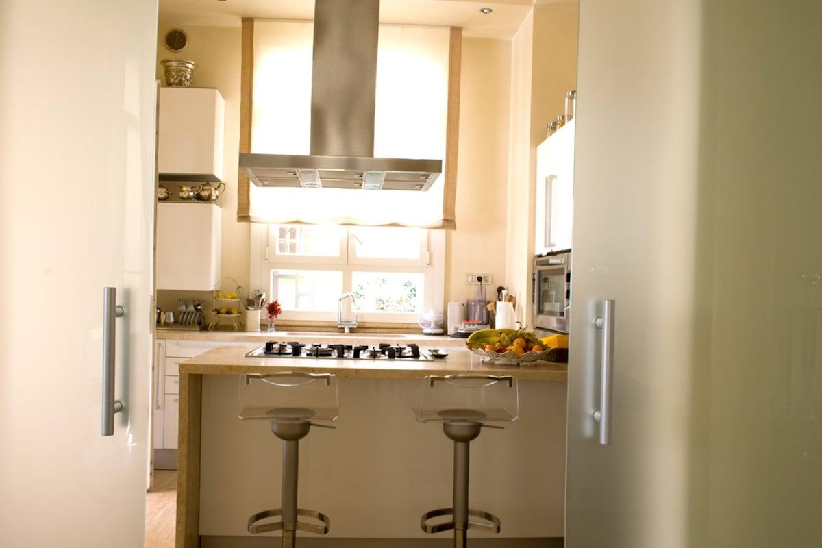 4 bedroom apartment on the Viareggio price