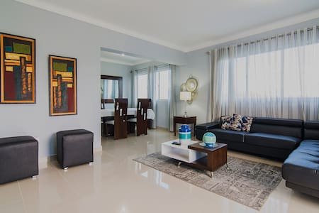 Luxurious/Spacious Penthouse W/Cable & WIFI !!!!! - Wohnung