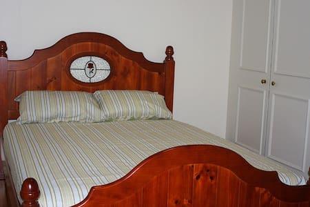 Central Ballarat Guesthouse, Room 3 - House