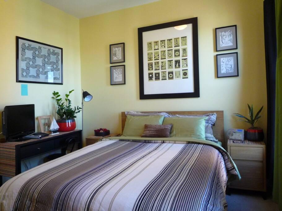 Guest Bedroom View 02