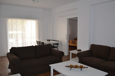 1 Bdrm city center 450m from Sea