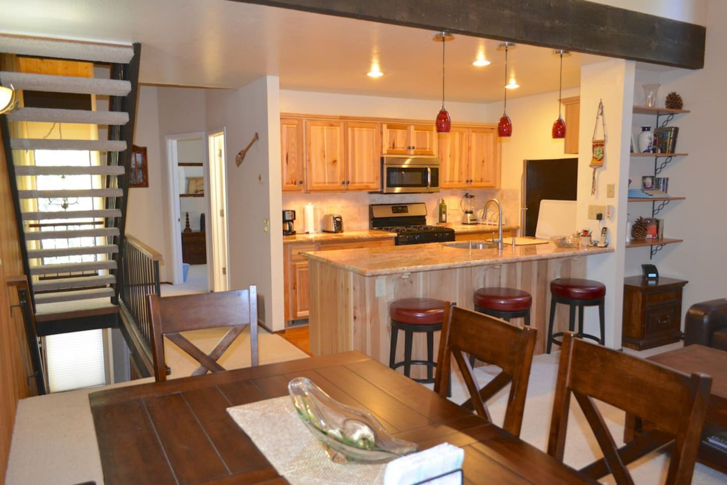 Open living/dinning room and kitchen on 2nd level
