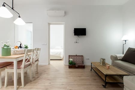 New flat in the center of Madrid