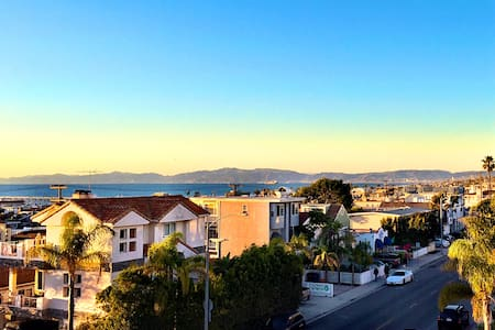 Ocean View Apt with Amazing Rooftop Deck - Hermosa Beach - Wohnung