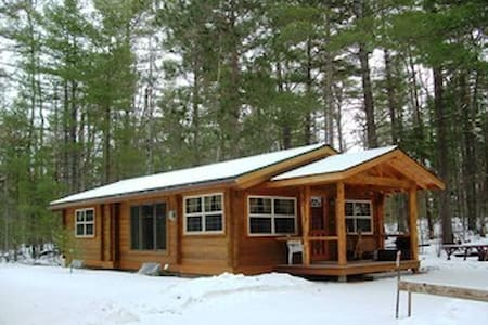 Jay Cabin for Outdoor Adventures - Jay - Cottage