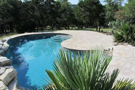 Private Pool on 2 Acres in North SA - San Antonio - House