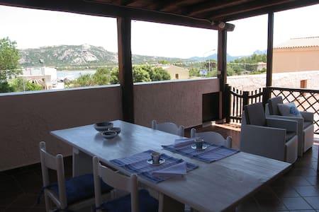 Casa di Francesco,appartamento spazioso, 2 terrazz - Wohnung