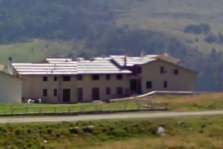 Spazioso quadrilocale in montagna - Lejlighed