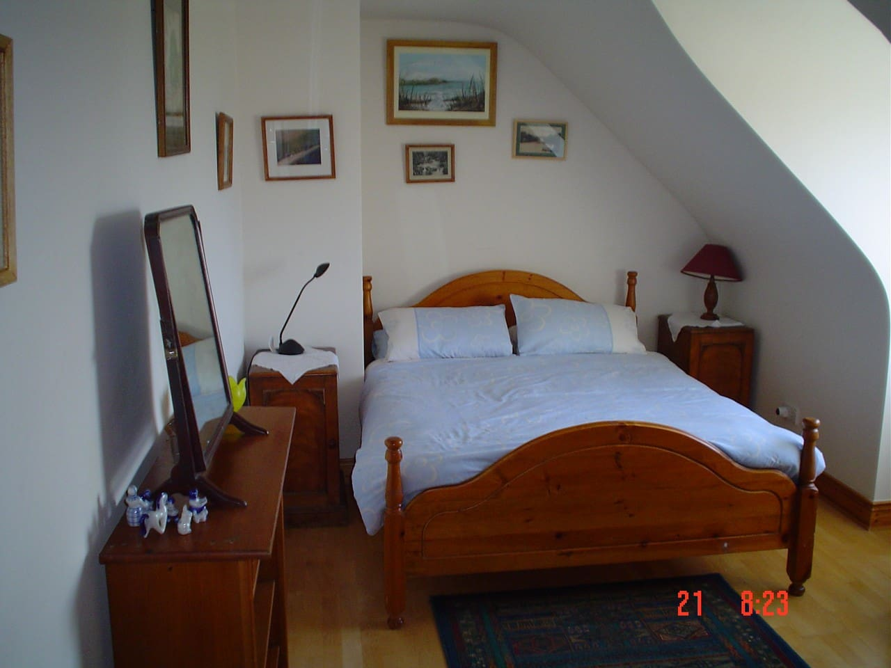 The Dunmanus Suite Sleeps 4/5 with a en suite bathroom
