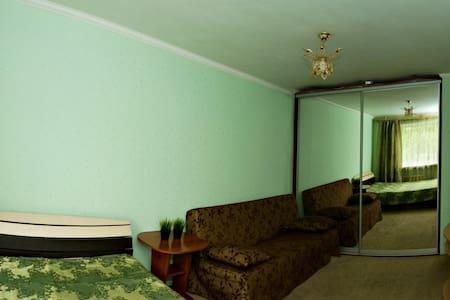 Сдам на сутки 1 комнатную квартиру - Wohnung