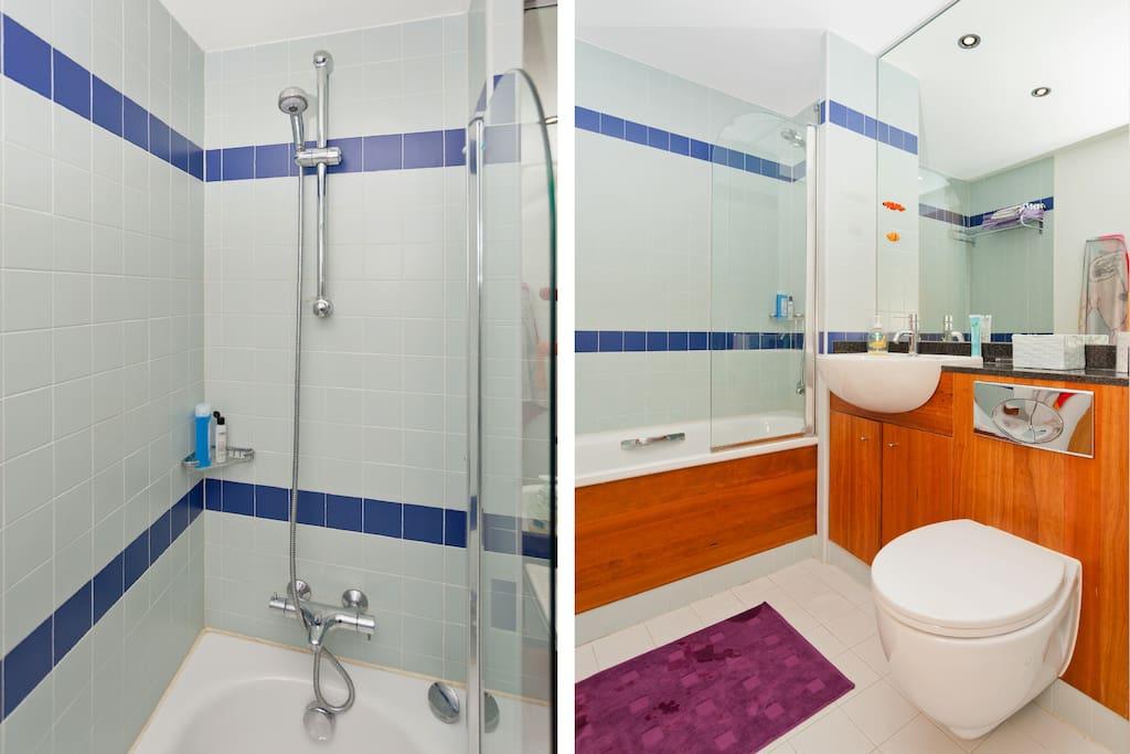 Purple Room + private bathroom