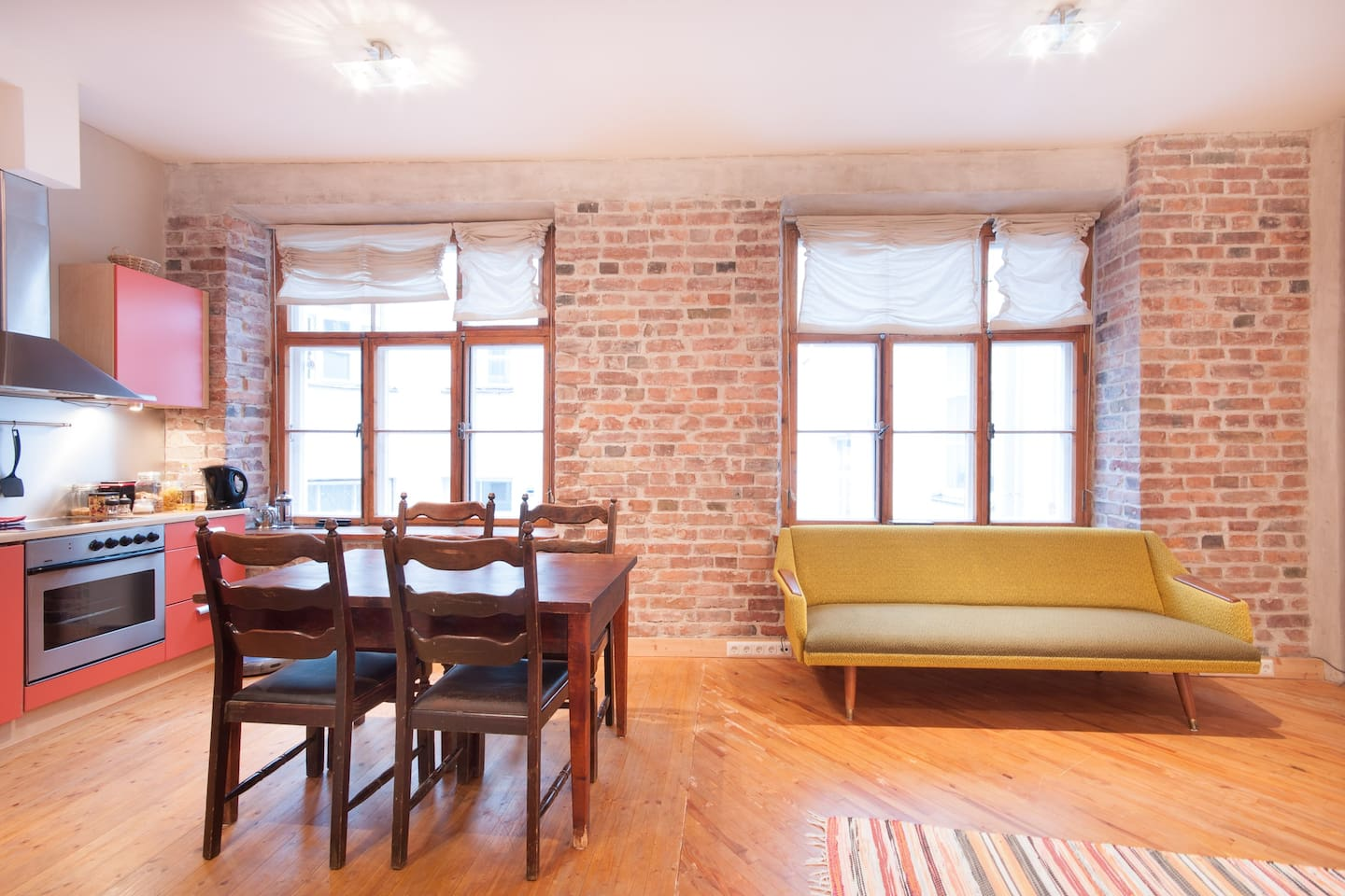 Welcome to the Heart of Tallinn Old Town. Windows open to courtyard. Vintage sofa, table and chairs. Kitchen is equipped for 6.