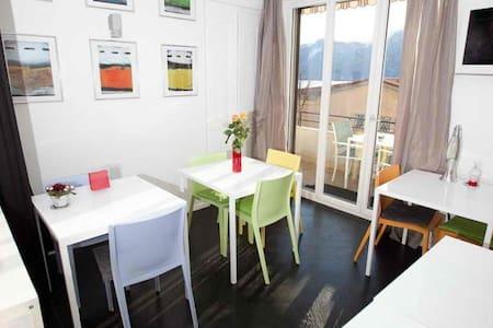 Superbe chambre double à Montreux - Bed & Breakfast