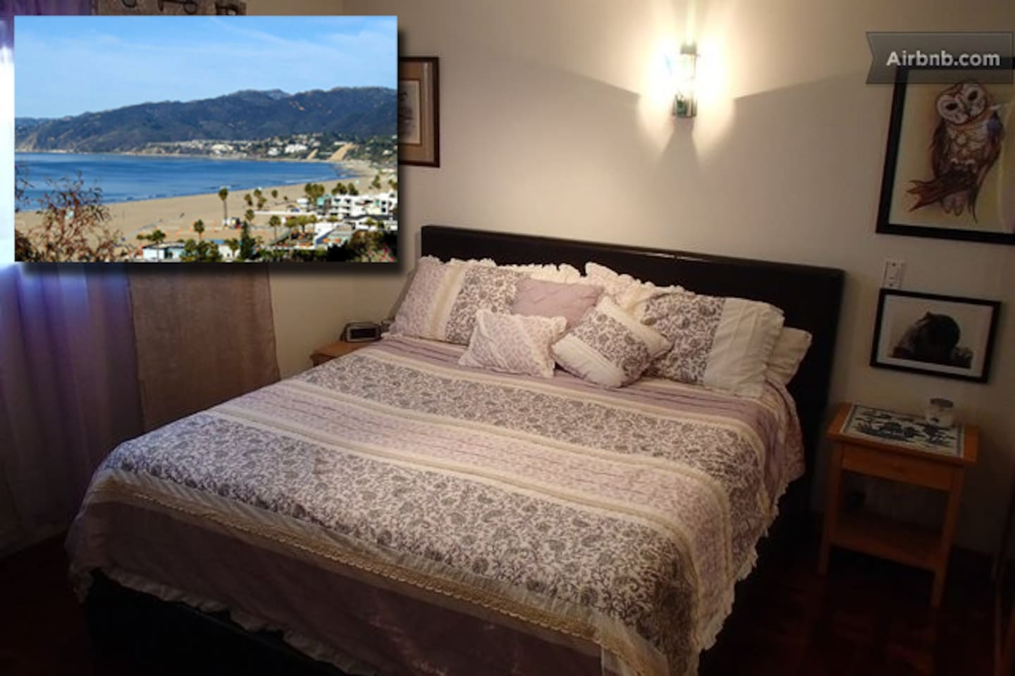 Relax in the master bedroom (king bed) or walk 5 blocks to the beach (Note: apartment does not have a direct ocean view)