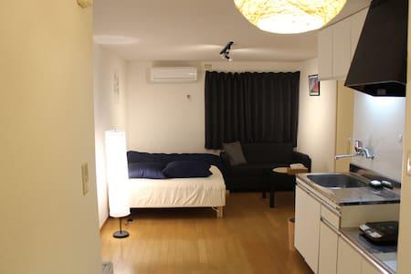 期間限定大幅値引き!周りは静かで綺麗な2階201号のお部屋です。