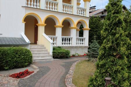 Modern Castle апартотель - Vilnius