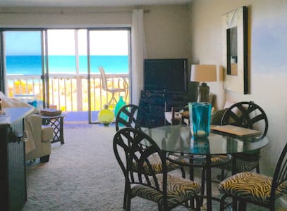OCEANFRONT! Chic Décor. $99/nt this weekend only! - Carolina Beach
