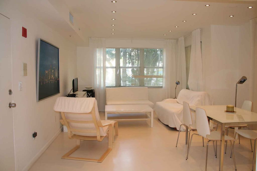South Beach One Bedroom Condo