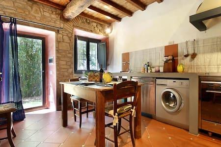 La Casa Verde - Florence