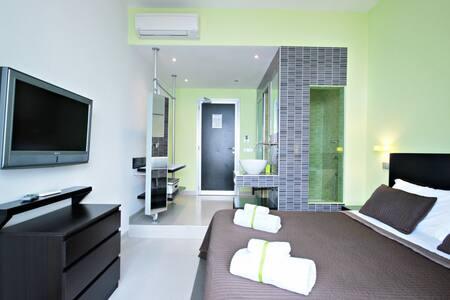 Moai Smart 4 - Triple Room - Roma - Bed & Breakfast