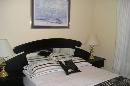 The NO NAME SUITE is an EXCELLENT SUITE at SUSAN'S VILLA B  & B / Hotel GARNI, GUEST HOUSE
