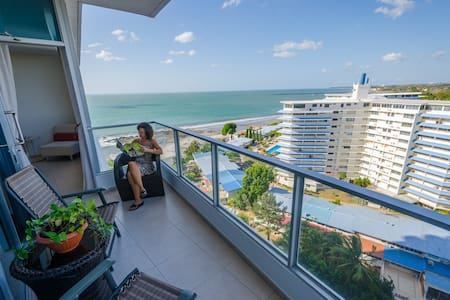 AMAZING OCEAN AND MOUNTAIN VIEWS from 1109!! - Las Lajas