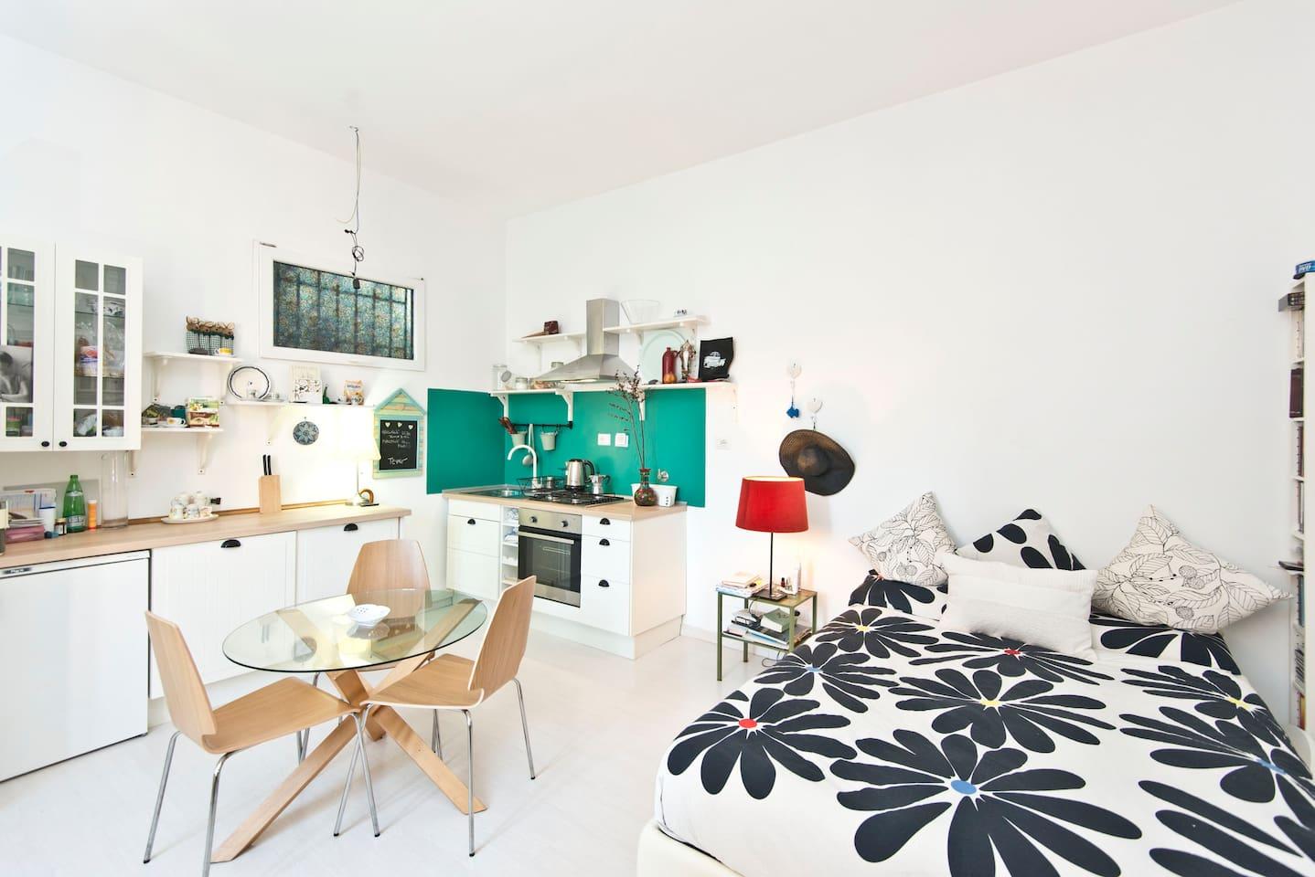 Cozy flat in cozy neighborhood