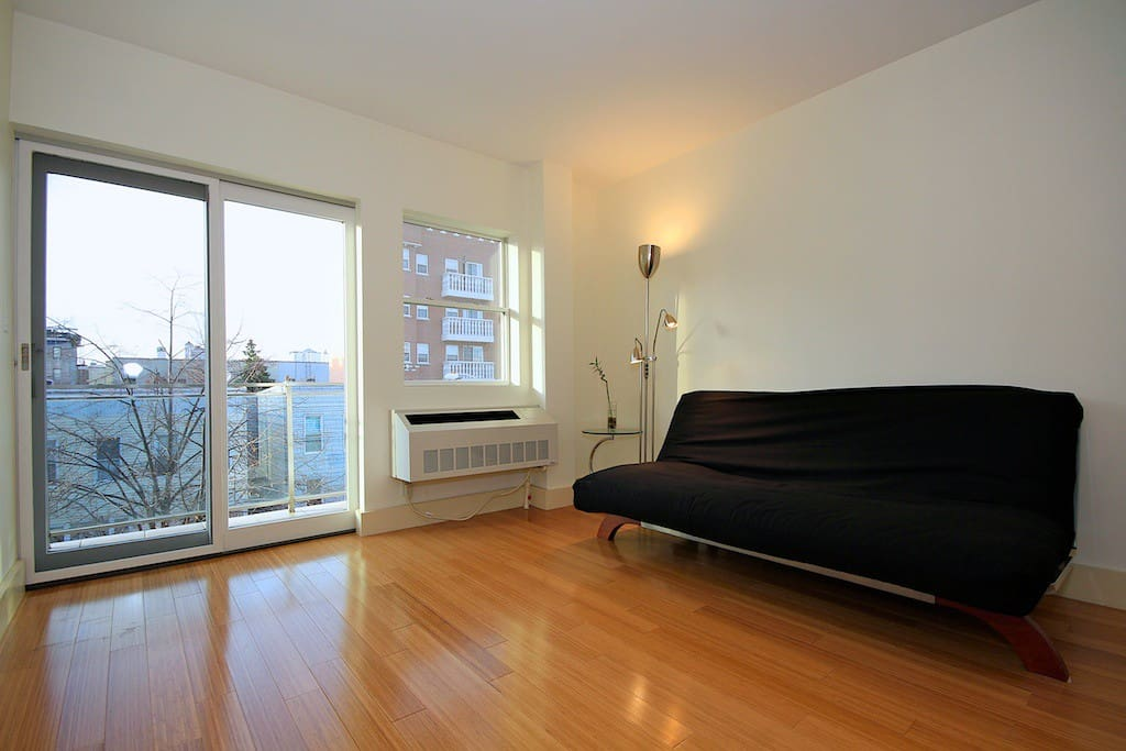Beautiful Condo in NYC w/Balcony